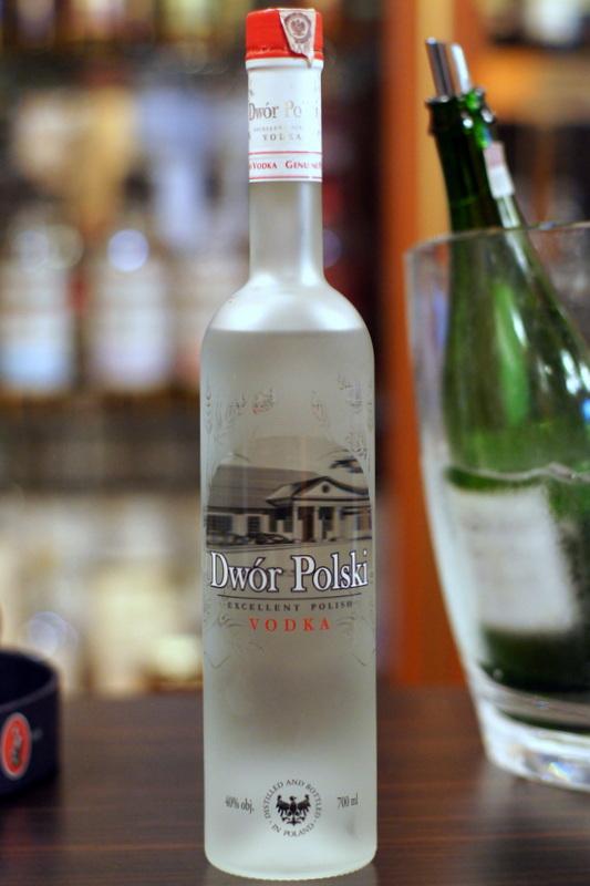 9dce8a7c329f67 wódka czyta zbozowa mieszana, produkowana przez Wielkopolską Wytwórnię Wódek  Polanin ze Środy Wlkp. według receptury i na wyłączność firmy M&P Alkohole  i ...